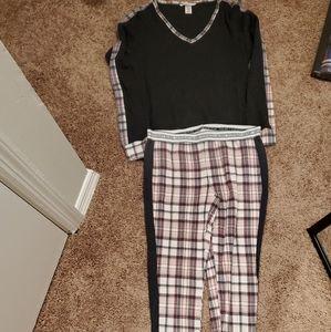 Victoria's Secret two piece pajama set size small